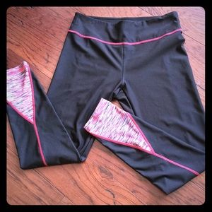NWOT Vogo Athletica M Yoga/Runner Pants